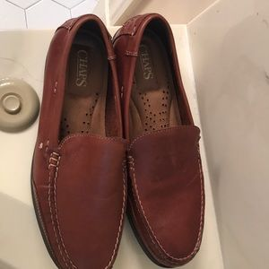 Leather slip on men